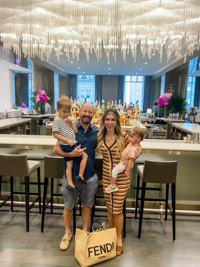 Four Seasons, travel blogger, travel blog, traveling family, traveling mom, mom style, motherhood, mommy and me, Four Seasons Chicago, Chicago hotels, Chicago hotel, best Chicago hotel, Chicago staycation, Chicago blog, Chicago blogger,