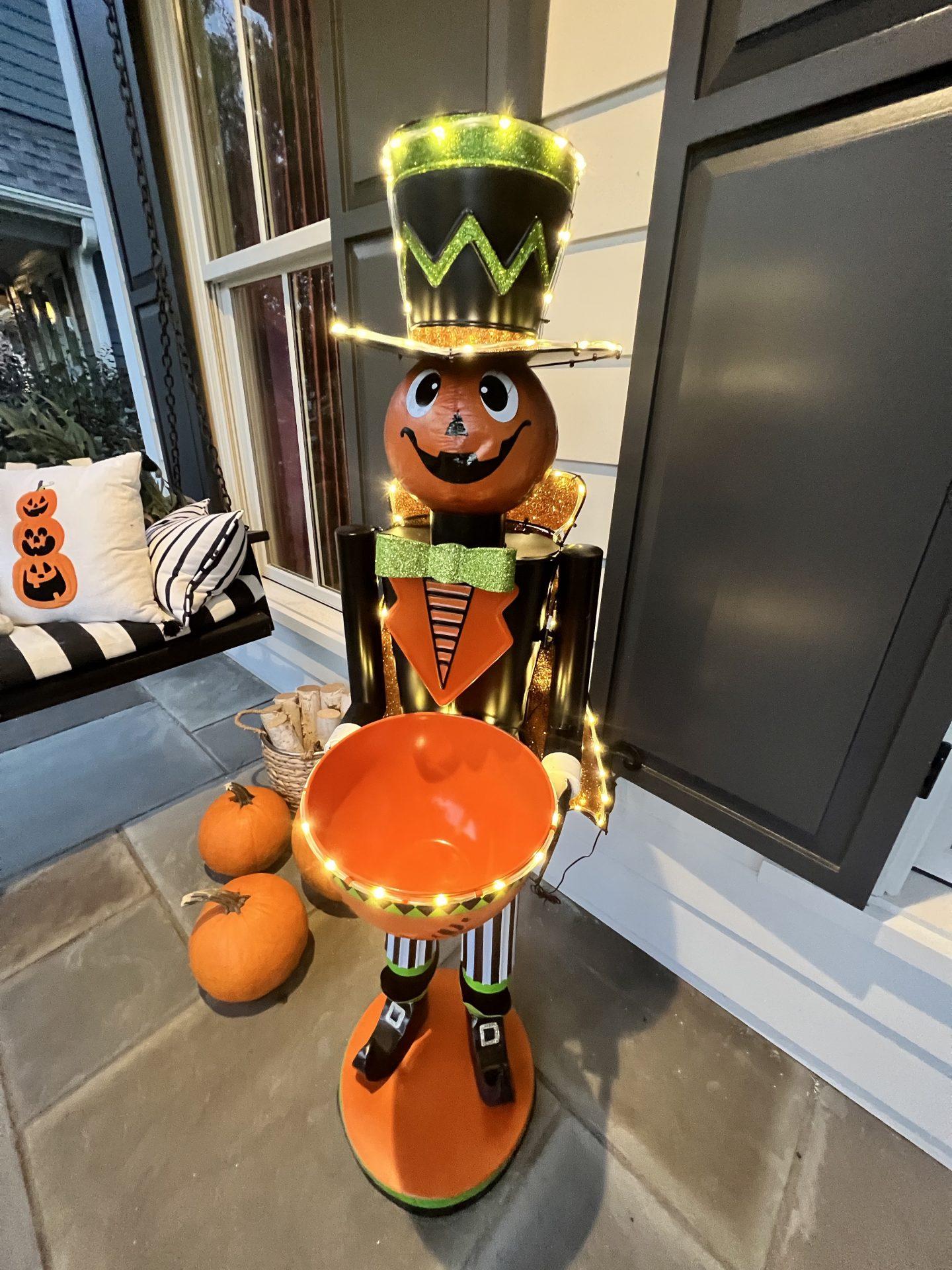 fall decorations, fall decor, halloween decorations, halloween decor, home decor, home design, home decorations, sweater weather, fall style, fall fashion, fall fun